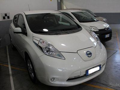 usata Nissan Leaf Acenta 30KWh AUTOCARRO