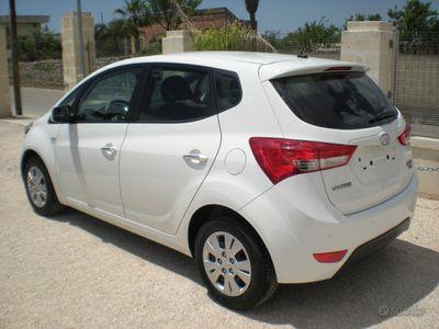 usata Hyundai ix20 1.6d 115cv 2015 KM 49000 TAGL.