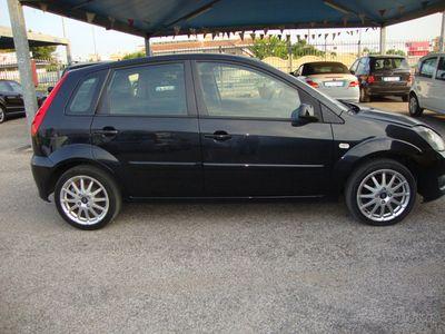 usata Ford Fiesta 1.2 16V 55KW/5p.A/C TENUTA NUOVA 2009