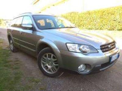 usata Subaru Outback 2.5 16V AT AY Bi-Fuel