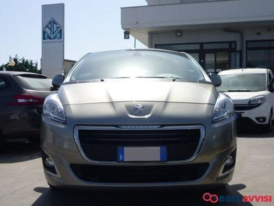 usata Peugeot 5008 1.6 hdi 115cv business - iva esclusa trattabile diesel