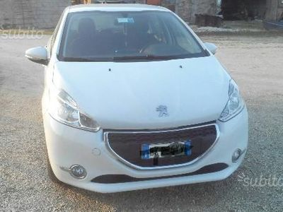 usata Peugeot 208 1.4 VTi 95 CV 3p. GPL Active