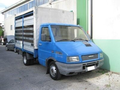 usata Iveco Daily 2.5 Diesel Autocarro Cassone Centinato Usato