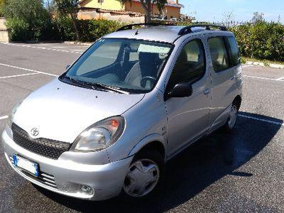 brugt Toyota Yaris Verso Verso 1.3i 16V cat Sol