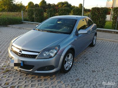 usata Opel Astra GTC 1.7 CDTI 110 CV ENJOY