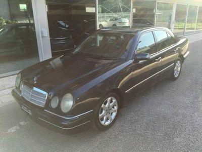 usata Mercedes E220 CDI cat Elegance rif. 9416361