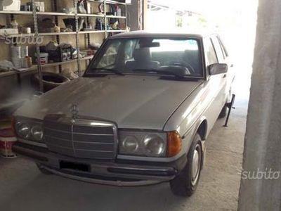 gebraucht Mercedes 240 SerieD - 1980