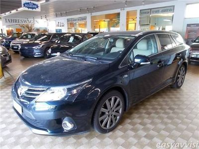 usata Toyota Avensis 2.2 d-cat aut. wagon lounge navi pelle xeno diesel station automatico nero