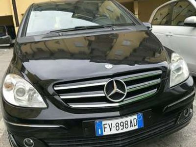 usata Mercedes B180 NGT BlueEFFICIENCY