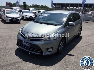 used Toyota Verso VERSO2.0d Style mt