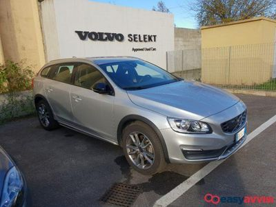 brugt Volvo V60 CC Cross Country D3 Geartronic Momentu