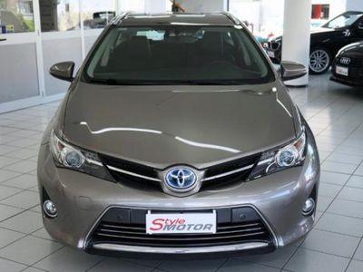used Toyota Auris Touring Sports 1.8 HYBRID LOUNGE: EMISSIONI E CONSUMI