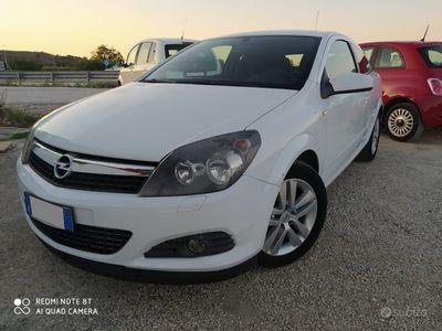 usata Opel Astra 1.7 CDTi 101 Cv pronta consegna - 2008