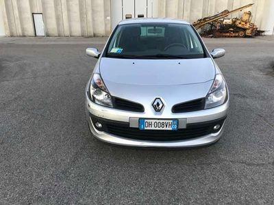 usata Renault Clio 1.2 16V 5 porte Le Iene
