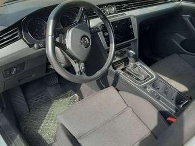 usata VW Passat Variant 1.6 TDI SCR DSG Business