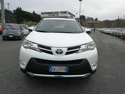 gebraucht Toyota RAV4 D-4D 2WD Active del 2014 usata a Roma