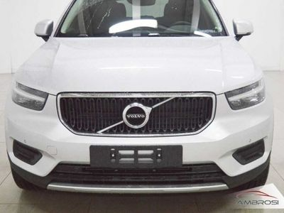 brugt Volvo XC40 T3 R-design nuova a Corciano