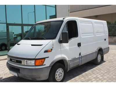 usata Iveco Daily DAILY 33S10 L1H133S10 L1H1