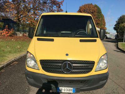 usata Mercedes Sprinter F37/30 215 CDI TA Furgone/Euro4 con FAP