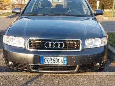 gebraucht Audi A4 2ª serie - 2004 1,9 TD