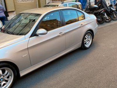 usata BMW 2800 320d turbodiesel cat 4 porte Futura