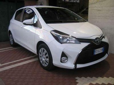 usata Toyota Yaris 1.0 5P ACTIVE