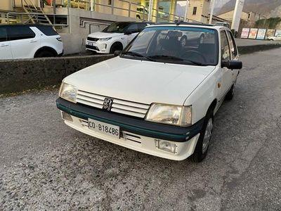 usata Peugeot 205 1.1i cat 5 porte OPEN/TETTUCCIO APRIBILE
