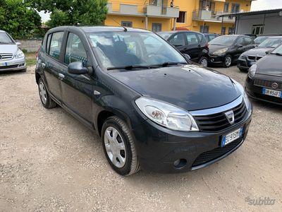 usata Dacia Sandero 1.4 GPL 75CV Laurate 2010