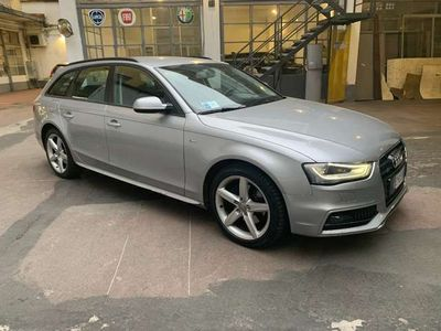 usata Audi A4 Avant 2.0 TDI 190 CV 4X4 S-LINE