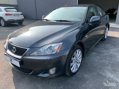 usata Lexus IS220d IS 220d 2.2 16V Luxury