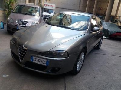 gebraucht Alfa Romeo 147 JTDm km veri e certif FULL