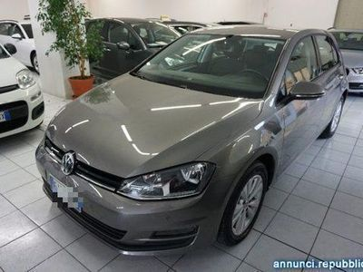 usata VW Golf 1.6 TDI 110 CV 5p. Business Blue