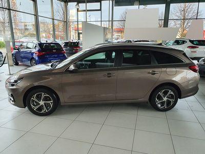 usata Hyundai i30 Wg 1.6 Crdi Style *facelift 2020*led*navi*klimaauto*pdc*