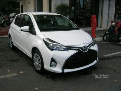 usata Toyota Yaris 1.0 5 porte Active - 2016
