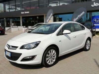 używany Opel Astra 1.6 cdti ecoflex s&s 4 porte cosmo diesel