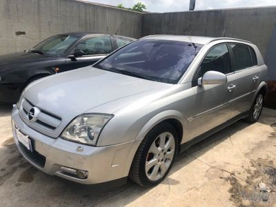 used Opel Signum anno 2002 perfetta di meccanica