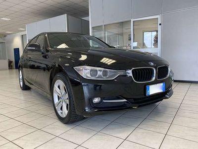 usata BMW 320 d xDrive Touring Sport