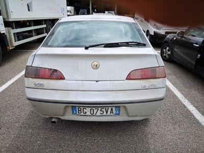 usado Alfa Romeo 2000 146 -