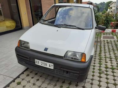 usata Fiat Cinquecento 900i cat Young NEOPATENTATI
