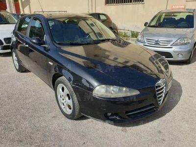 käytetty Alfa Romeo 147 147 1.6 16V TS (105) 5 porte Distinctive1.6 16V TS (105) 5 porte Distinctive