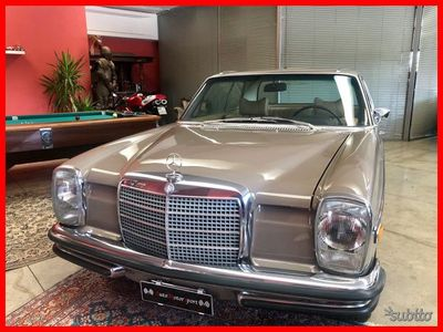 begagnad Mercedes W114 ce280CE/8manuale