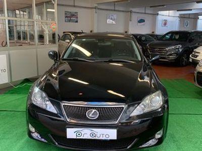 usata Lexus IS220d 2.2 16V Luxury