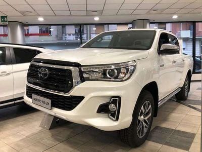 usata Toyota HiLux 2.4 D-4D A/T 4WD 4 porte Double Cab