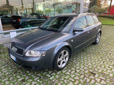 usata Audi A4 AVANT 2.5TDI V6 QUATTRO 180CV