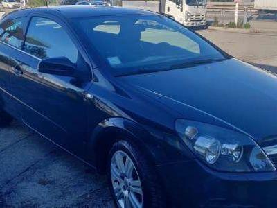 usata Opel Astra GTC cosmo