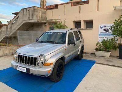 usata Jeep Cherokee 2.8 CRD DPF Sport Auto