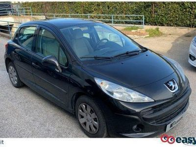 usado Peugeot 207 1.4 88cv 5p. xs benzina
