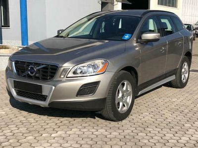brugt Volvo XC60 D5 AWD Geartronic Summum