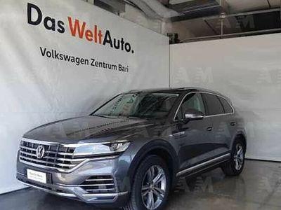 usado VW Touareg 3.0 TDI 286 CV Advanced del 2019 usata a Bari