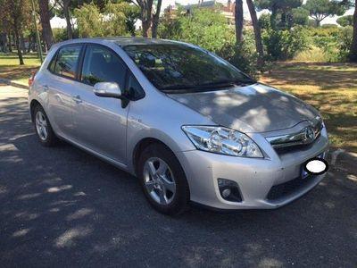usata Toyota Auris 1.8 Hybrid 5 porte FATTURABILE